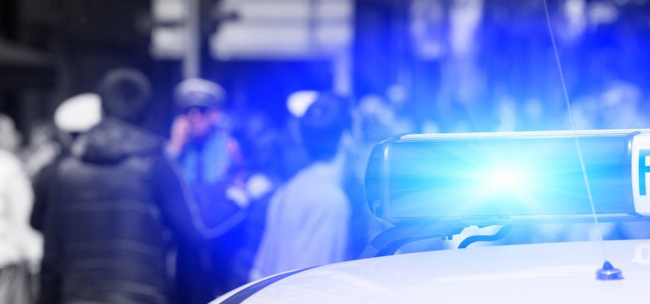 Schwerin: Familie greift Polizei nach Anzeigenaufnahme an
