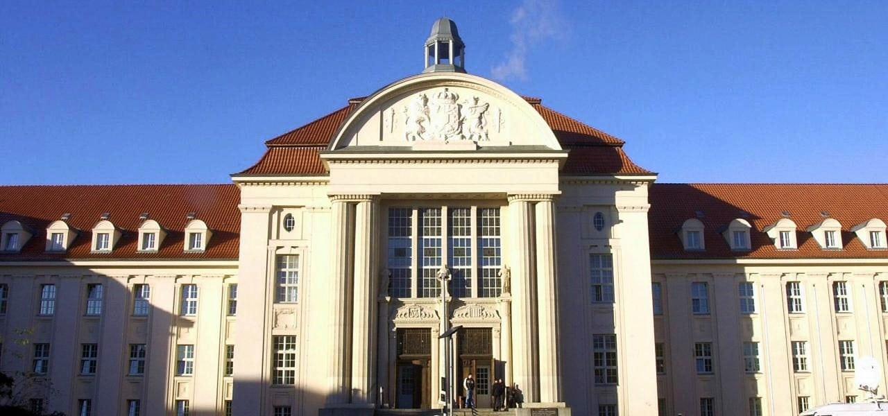 Prozess: Urteil im Totschlagsprozess am Landgericht erwartet